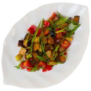 Салат теплый овощной